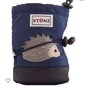 Stonz Waterproof booties with liners
